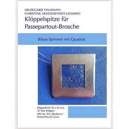Klöppelbriefe für Passepartout-Brosche, Blaue Spinne im Quadrat