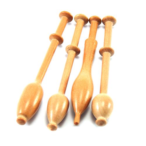 Mini Klöppel 4er Set in verschiedenen Hölzern, Birnbaum, in der Klöppelwerkstatt erhältlich, perfekt für kleine Klöppelkissen, als Schmuck oder Deko