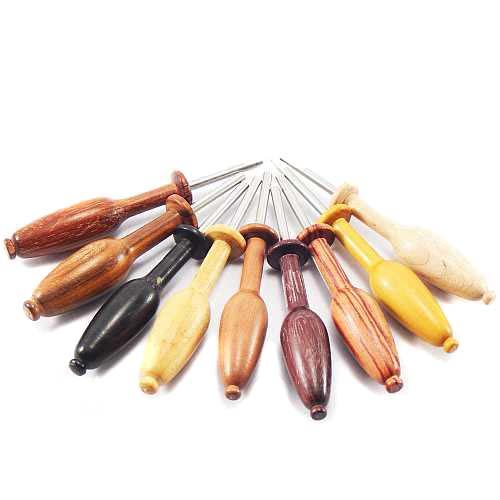 Nadeldrücker in verschiedenen Hölzern - Klöppelwerkstatt mit diesem Werkzeug können Sie die Nadeln ganz im Klöppelkissen versenken
