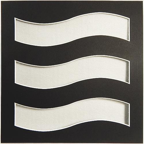 Passepartout Welle schwarz, Rückseite offen, in der Klöppelwerkstatt erhältlich.