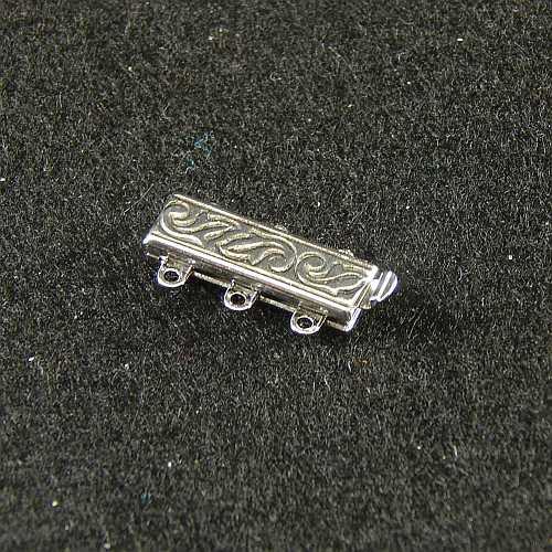 Verschlüsse zum Annähen mit Federverschluss, silberfarbig, 3 Ösen schmale Form für Armbänder, geklöppelt, gehäkelt, erhältlich in der Klöppelwerkstatt