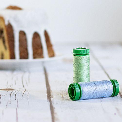 AURIFIL-Baumwollgarn-Minispule 234 Farben, 3 Stärken, zum Klöppeln, Häkeln, Stricken, Quilten, Nähen, Sticken und für Patchwork, in der Klöppelwerkstatt erhältlich