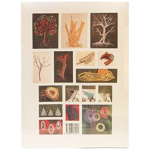 Klöppeln Naturmotive ~ Buchverlag für die Frau - Rückseite, in der Klöppelwerkstatt, Schmuckarbeiten aus Edelstahldraht, phantasievoll der Natur nachempfundene, vor allem von Blumen und Bäumen inspirierte Muster