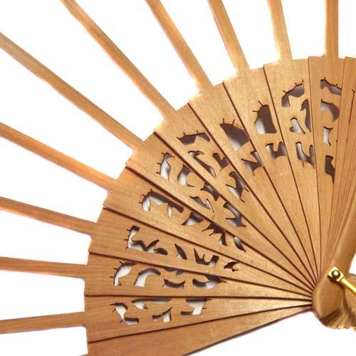 Fächer Modell Sevilla und Brief Torchonfächer, 1 Fächer BS-AB13A in der Holzart Peral Form Ornament, in der Klöppelwerkstatt erhältlich