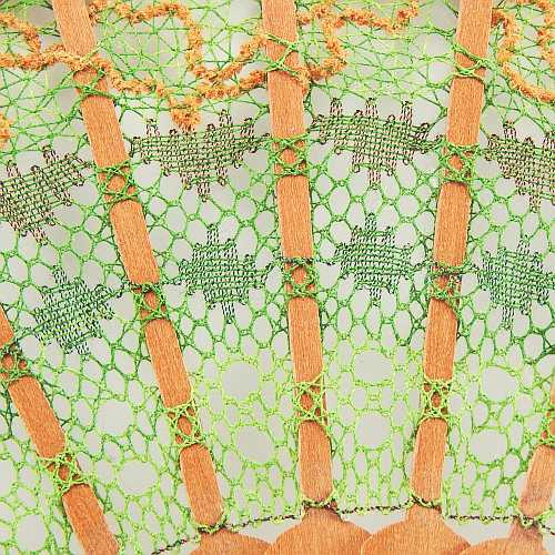 Geklöppelte Spitze, Detailbild, zum Artikel: Fächer Modell Palma und Brief Torchon PR-4