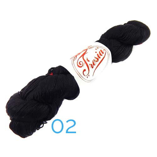 Fresia Seide, 100 % Seide, zum klöpeln, stricken und häkeln in der Farbe 02 schwarz