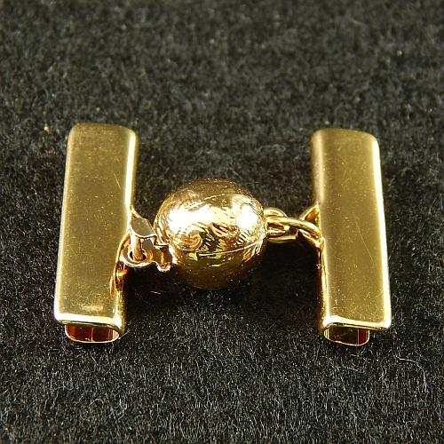 1 Kugelschliesse 13551 mit Klemme zum festklemmen der Spitze. Nur in der Klöppelwerkstatt erhältlich, vergoldet, 20mm