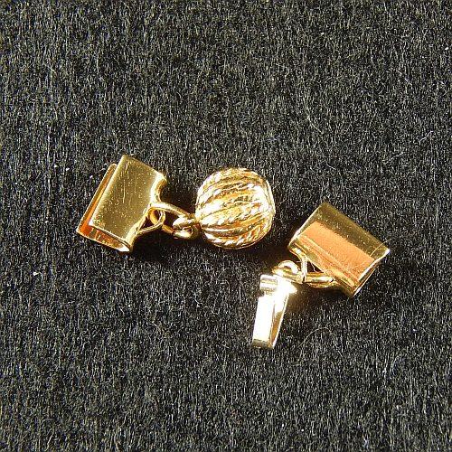 Kugelschliesse 13802 mit Klemme zum festklemmen der Spitze. Nur in der Klöppelwerkstatt erhältlich, vergoldet,