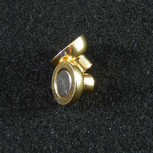 Magnetverschlüsse 14737 und 14750 4mm rhodiniert offen