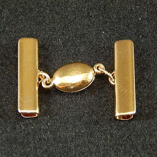 1 Magnetverschluss mit Klemme 14723 zum festklemmen der Spitze. Nur in der Klöppelwerkstatt erhältlich, vergoldet 25mm