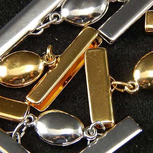 Magnetverschluss mit Klemme 14723 zum festklemmen der Spitze. Nur in der Klöppelwerkstatt erhältlich, rhodiniert, vergoldet, 25 mm, 20mm