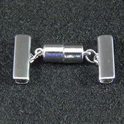 1 Magnetverschluss mit Klemme 14637 zum festklemmen der Spitze. Nur in der Klöppelwerkstatt erhältlich, rhodiniert 20 mm