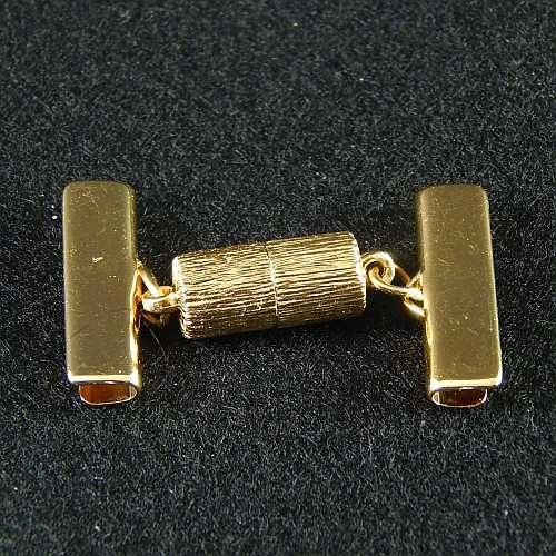 1 Magnetverschluss mit Klemme 14638 zum festklemmen der Spitze. Nur in der Klöppelwerkstatt erhältlich, vergoldet 20mm