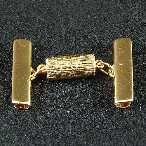 1 Magnetverschluss mit Klemme 14638 zum festklemmen der Spitze. Nur in der Klöppelwerkstatt erhältlich, vergoldet 25mm