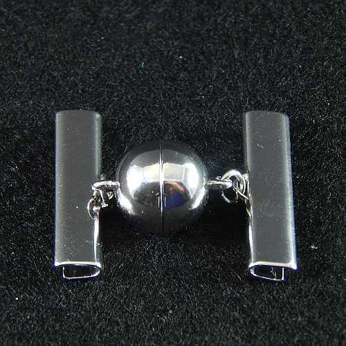 1 Magnetverschluss mit Klemme 14757 zum festklemmen der Spitze. Nur in der Klöppelwerkstatt erhältlich, rhodiniert, 25mm