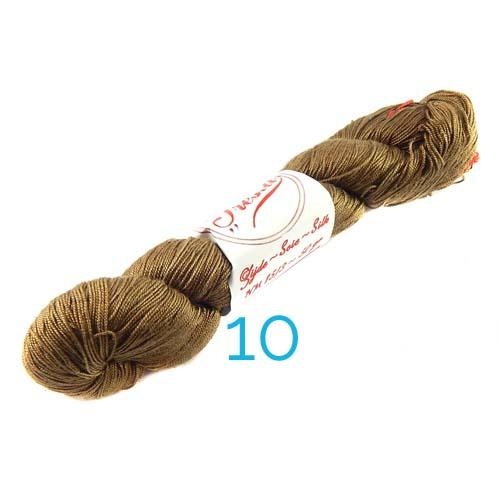 Fresia Seide, in der Farbe 10, handgefärbt, uni und multicolor, 100 % Seide, das Seidengarn ist in der Klöppelwerkstatt erhältlich und sehr gut zum Klöppeln, Stricken und auch zum Häkeln geeignet.