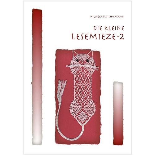 Die kleine Lesemieze 2, Klöppelbrief von Hildegard Thumann in der Klöppelwerkstatt