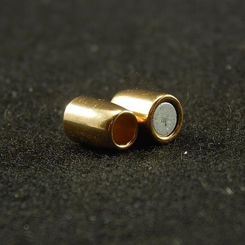 Magnetverschlüsse 14867 vergoldet, geöffnet, 4mm, in der Klöppelwerkstatt, Schmuck, klöppeln, Schließe, Verschluß