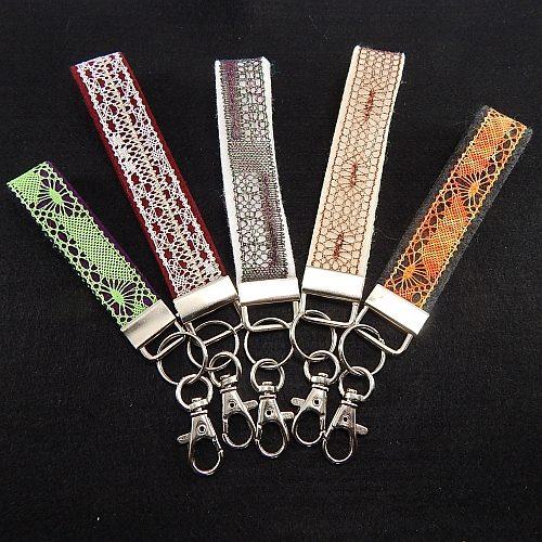 Schluesselanhänger Set Filz verschiedene Farben und Breiten