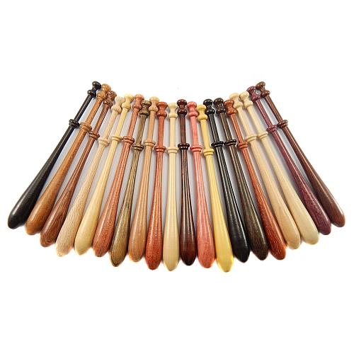 Bayeux Klöppel in verschiedenen Hölzer, zum Klöppeln auf dem Flachkissen, in der Klöppelwerkstatt erhältlich. klöppeln, Bayeux