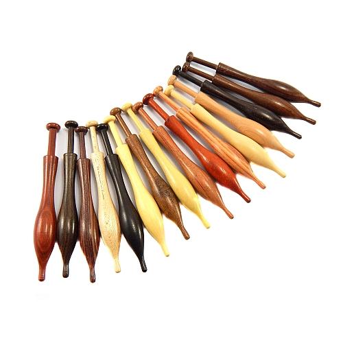 Duchesse Klöppel in 17 verschiedenen Hölzern in der Klöpelwerkstatt erhältlich, für Rosaline oder Duchesse, geschnittene Spitzen, Klöppel, klöppeln, Fachkissenklöppel, Rollenklöppel