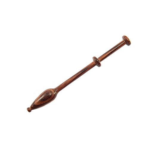 Mechelner Klöppel in verschiedenen Hölzern hier in der Holzart 19 Veilchenholz, zum Klöppeln auf dem Flachkissen in der Klöppelwerktatt erhältlich