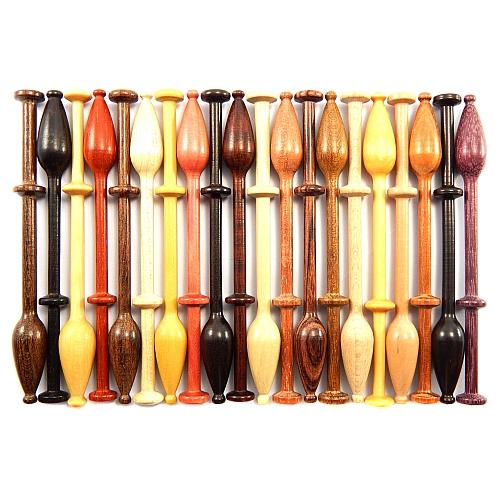 Mechelner Klöppel in verschiedenen Hölzern, zum Klöppeln auf dem Flachkissen in der Klöppelwerktatt erhältlich, Klöppeln