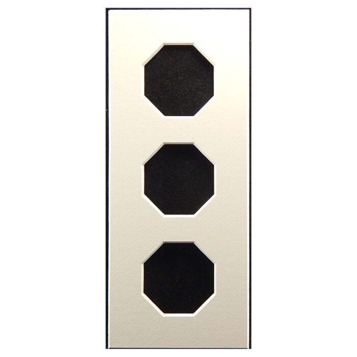 Passepartout 3 Ausschnitte achteckig, weiß, 10 x 24 cm, offene Rückseit