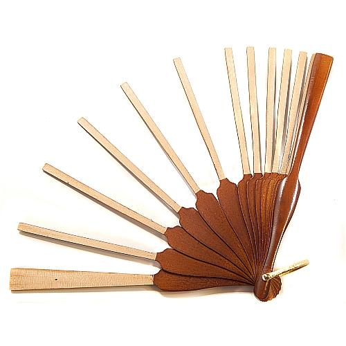 Fächergestell Modell 2 Birke lackiert ~ in der Klöppelwerkstatt, spanisches Fächergestell, Holzart Birke Nußbaum lackiert, klöppeln, Spitze, Abanico