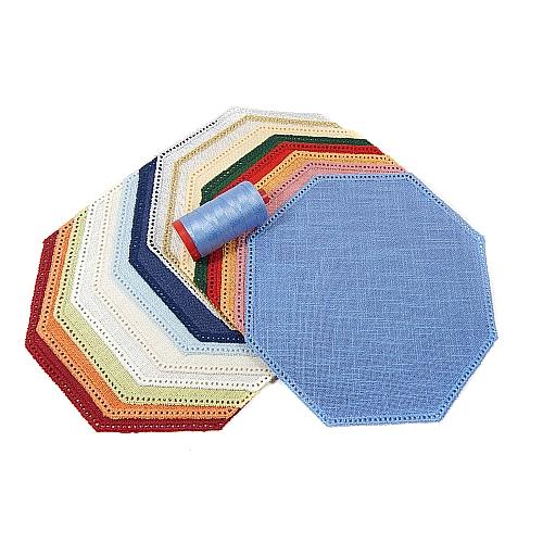 Anhäkelform Achteck 19 cm x 19 cm von der Firma Zweigart in 15 Farben erhältlich, zum Klöppeln, Häkeln, in der Klöppelwerkstatt erhältlich.