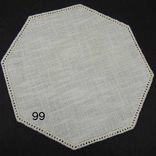 Anhäkelform Achteck Farbe: 99, 19 cm x 19 cm von der Firma Zweigart in 15 Farben erhältlich, zum Klöppeln, Häkeln, in der Klöppelwerkstatt erhältlich.