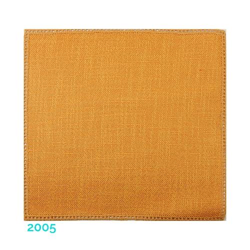 Anhäkelform Quadrat 20 cm x 20 cm, Lochranddeckchen von der Firma Zweigart, zum häkeln, klöppeln, in der Klöppelwerkstatt erhältlich. Farbe: 2005 dunkel-gelb