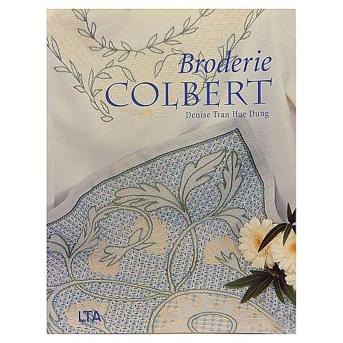 Broderie Colbert - Denise Tran Hue Dung Colbert-Stickerei ist eine dekorative Sticktechnik, die Spitze imitiert, in der Klöppelwerkstatt, Sticken,