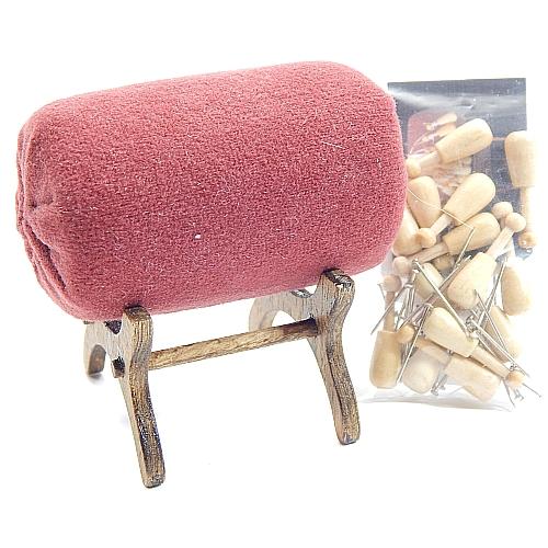 Klöppelständer Miniatur - mit Rolle, Klöppel Nadeln u. Brief, Klöppelwerkstatt, Set=Klöppelständer, Rolle, Ständer 14 Mini Holzklöppel, klöppeln