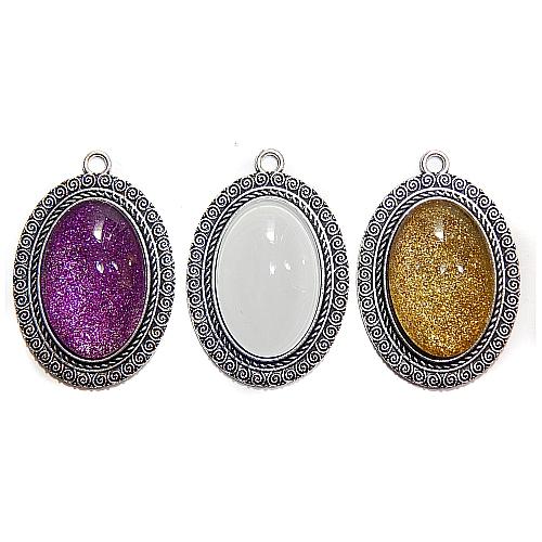 Anhänger kleiner ovaler Stein in verschiedenen Farben, zum klöppeln, in der Klöppelwerkstatt, Schmuck, Kette, klöppeln, Torchon